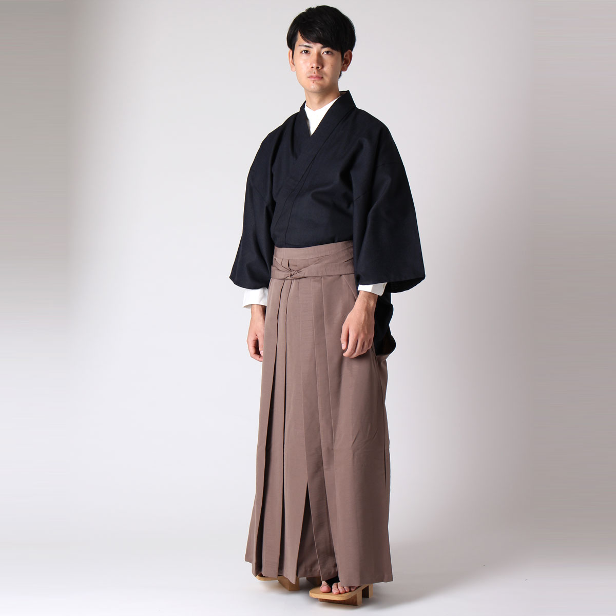 普段着として袴を穿く