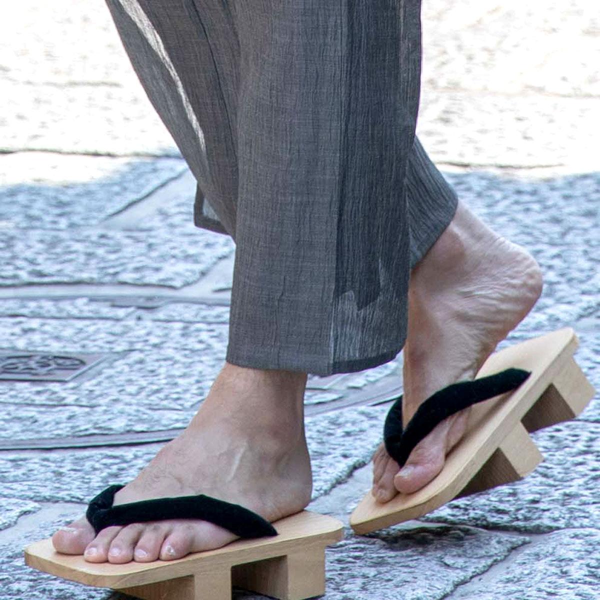 履物の歩き方