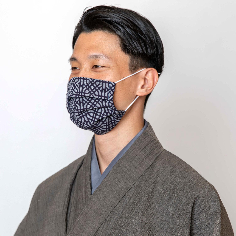和柄の布マスク